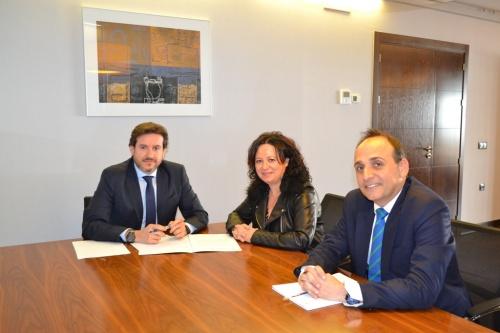 Cajamar renueva su apoyo a los Graduados Sociales en Almería