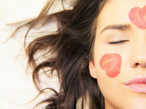 Mascarilla peel off carbon y otras fórmulas para cuidar la piel