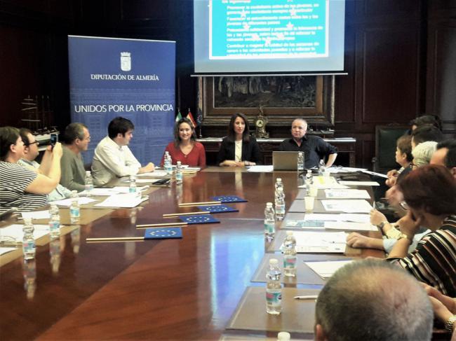Diputación impulsa el voluntariado europeo entre los jóvenes almerienses