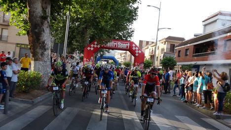 La Indomable llega a su cuarta edición batiendo récord de participación con 2.500 ciclistas