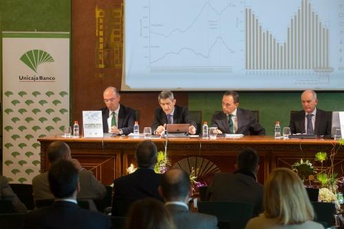 Almería es la provincia en la que más crece el número de empresas