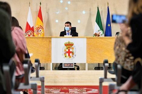 El alcalde anuncia 300.000 euros como incentivo al consumo en comercios locales