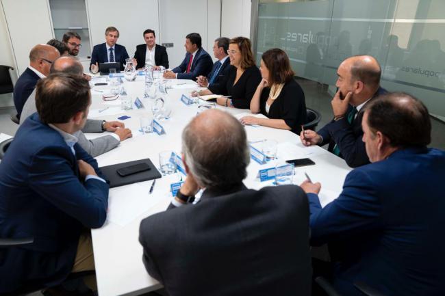 Javier A García acude una reunión otros presidentes de Diputación del PP