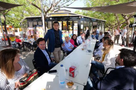 Juanma Moreno y Góngora destacan las posibilidades de El Ejido con los dos gobiernos del PP
