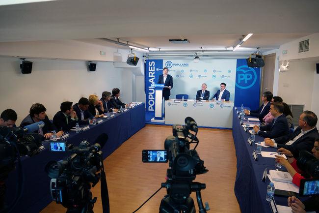 El PP reune a sus alcaldes para explicarles los fondos EDUSI que recibirán