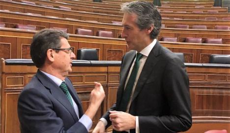 Ábalos no concreta nada sobre las infraestructuras pendientes en Almería