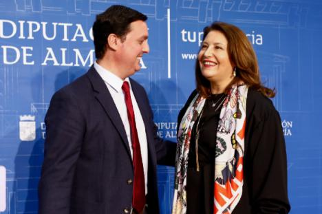 Crespo anuncia un protocolo de colaboración entre la Junta y la Diputación de Almería
