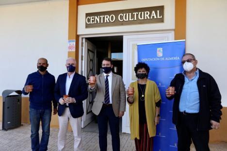 Diputación apoya a Turrillas y Lucainena para 'repoblar con corazones'