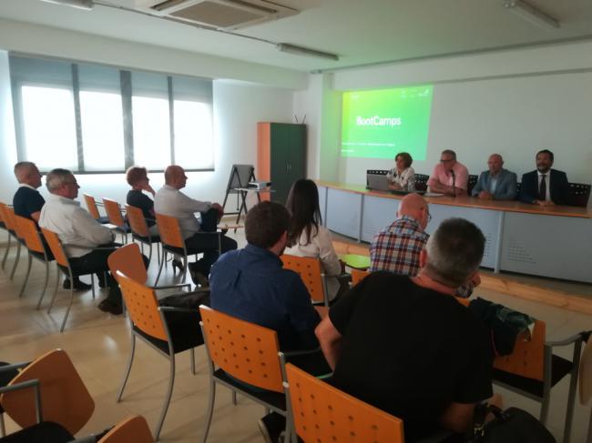 Diez municipios almerienses podrán solicitar participar en 'Bootcamps' de capacitación inteligente
