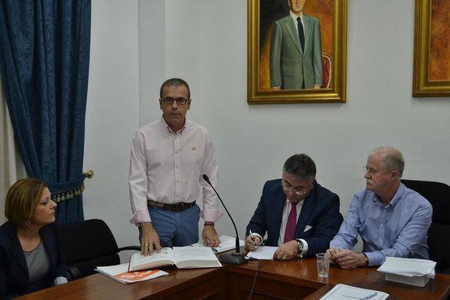 Ciudadanos denuncia la 'parálisis' del Ayuntamiento de Lucainena