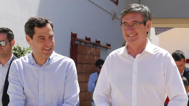 Juanma Moreno pide el voto para Manuel Cortés en Adra