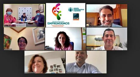 UECoE y Cajamar premian a tres cooperativas de enseñanza