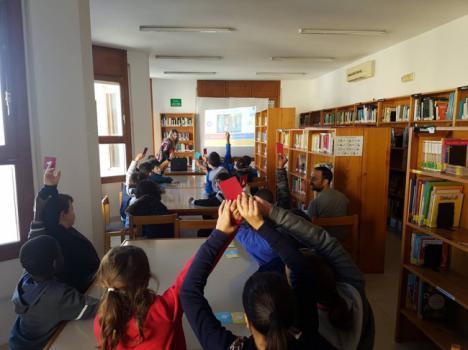 Alumnos Del CEIP Virgen De La Paz Conocen la Biblioteca Antonio Machado