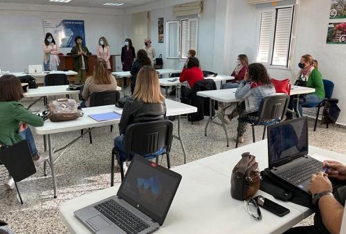 Diputación impulsa el desarrollo económico de Laujar con la formación de 'Agentes contact center'