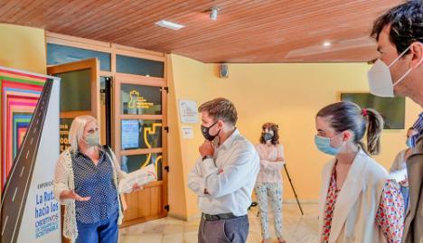 """El Castillo de Santa Ana acoge la exposición """"La Ruta de los Objetivos de Desarrollo Sostenible"""""""