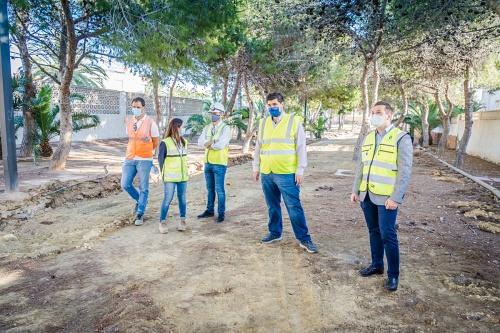 Obras de rehabilitación de espacios verdes intermedios de la Urba de Roquetas