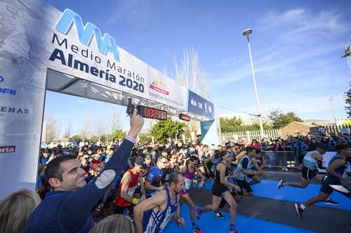 Bekele Shiferaw Agunafr y Khadija Sammah Talal ganan la 23º Medio Maratón Almería