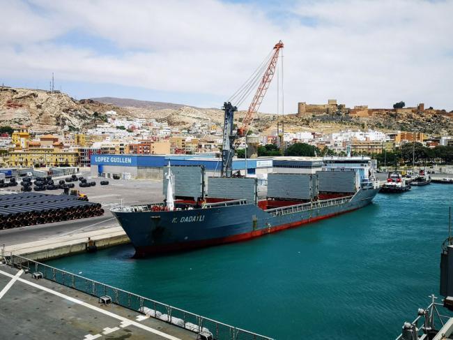 La Autoridad Portuaria de Almería movió 2,2 millones de toneladas hasta abril