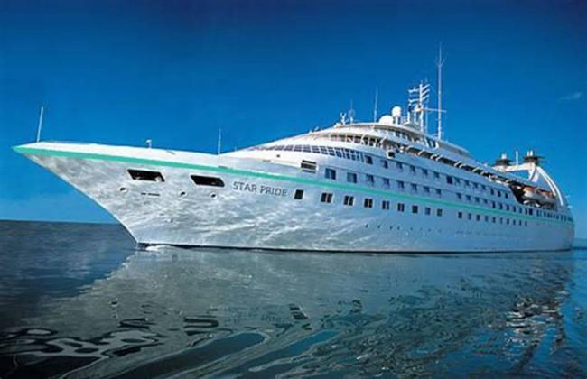 Dos cruceros de la naviera Windstar Cruises visitan Almería en Semana Santa