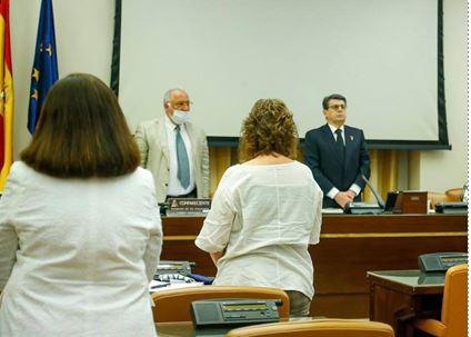 Matarí inicia la Comisión de Tráfico con un minuto de silencio por las víctimas del #COVID19
