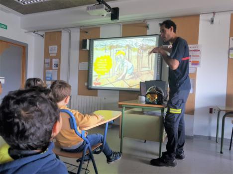 6.000 escolares en las actividades de los Bomberos de Almería en el curso 2018/19