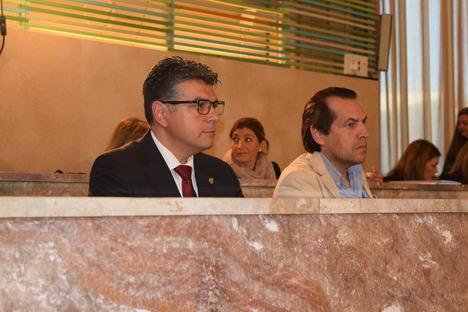 Unanimidad en la moción de Cs Almería para prevenir el consumo de alcohol entre los menores