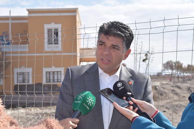 Cs Almería exige responsabilidades por la paralización de las obras del Paseo Marítimo