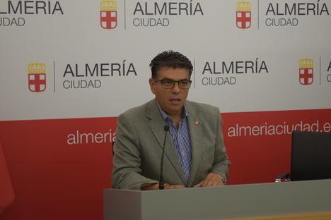 Ciudadanos exige que el dinero de la baja del paso a nivel de El Puche vaya a la ciudad