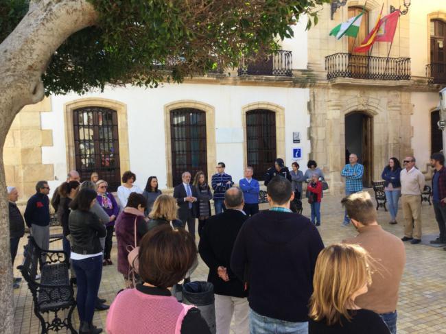 El Ayuntamiento de Vera conmemora el 11-M con un minuto de silencio