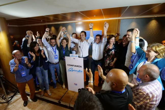 Fernández Pacheco aumenta en 4.000 los votos del PP