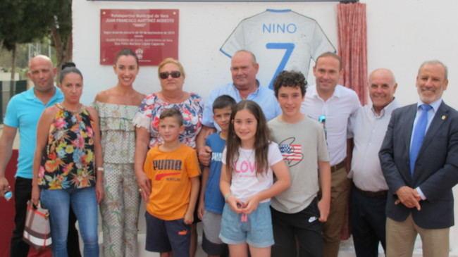 Homenaje al futbolista veratense Nino