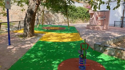 Diputación construye un parque infantil y biosaludable en Canjáyar