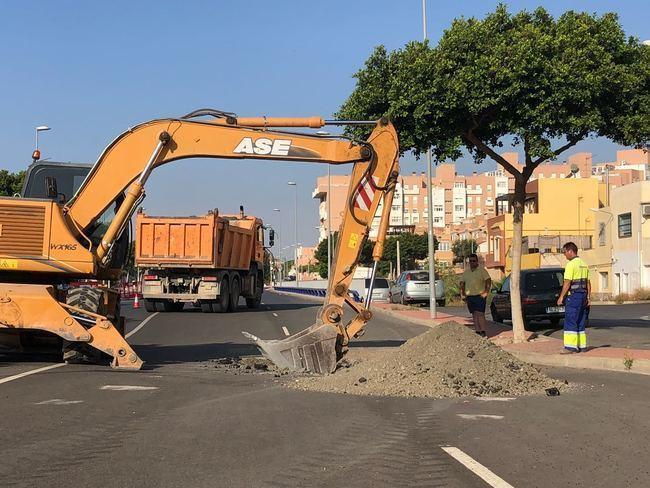 El Ayuntamiento inicia las obras de reparación de la calle Médico Francisco Pérez Company