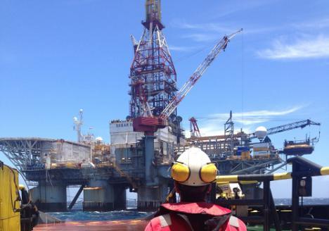 Una plataforma petrolífera atracará en el Puerto de Almería