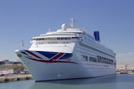 Cinco cruceros harán escala en el Puerto de Almería en octubre