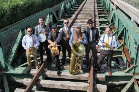 Old South Brass Band inician el III Festival de Jazz de Roquetas de Mar