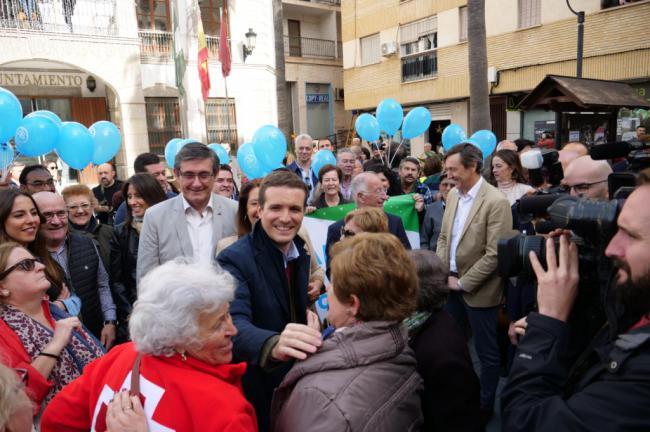 Pablo Casado habla en Adra de Borrell y Gibraltar
