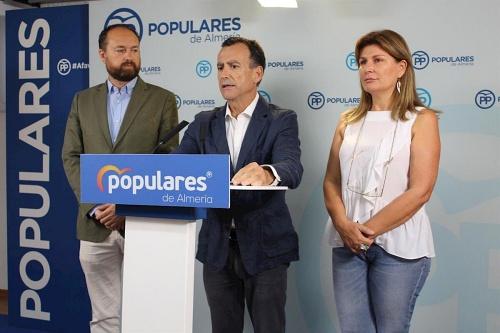 """El PP respalda la agricultura de Almería como """"ejemplo a nivel mundial"""""""