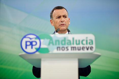 """Venzal: """"El PP es el único que lucha contra la corrupción en Andalucía y los demás se ponen de perfil"""""""