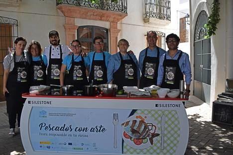 """Teatro, información y gastronomía en Níjar con """"Pescados con Arte"""""""