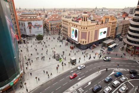 La Capitalidad Gastronómica de Almería en las pantallas digitales de Plaza Callao y Gran Vía