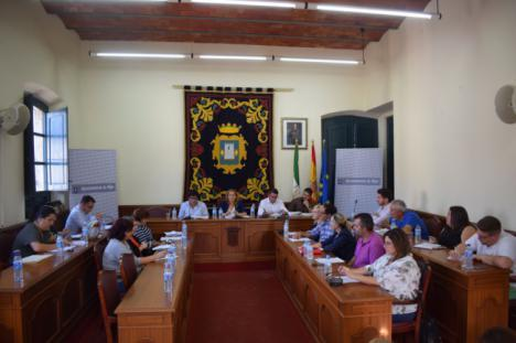 El pleno de Níjar aprueba la construcción del carril bici entre Campohermoso y San Isidro