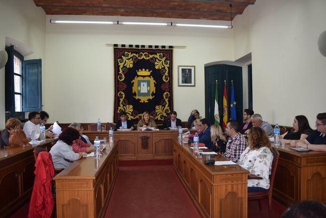 El presupuesto de Níjar se centra en caminos rurales y liquidación de deuda heredada