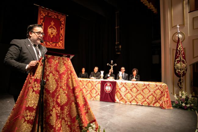 Viaje emocional en el pregón de Alfredo Casas por los almerienses que hacen posible la Semana Santa