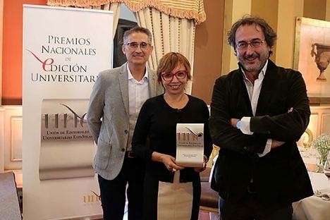 Entregado a la UAL el Premio a la 'Mejor obra editada' por Campos de Níjar