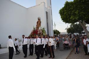 Cohetes y el repique de campanas anunciarán mañana el inicio de las fiestas de San Isidro