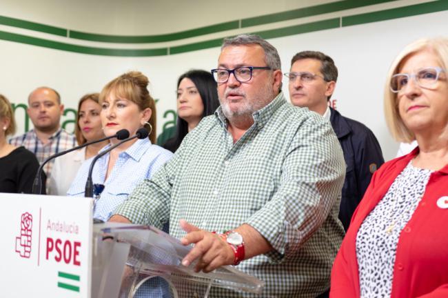 """El PSOE acusa a Amat de """"manipular y engañar"""" a las AMPA en el transporte escolar"""