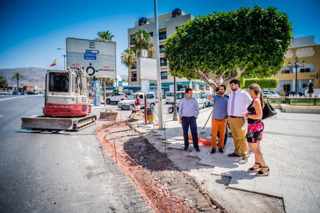 La Plaza de la Iglesia de El Parador ya tiene paso de peatones