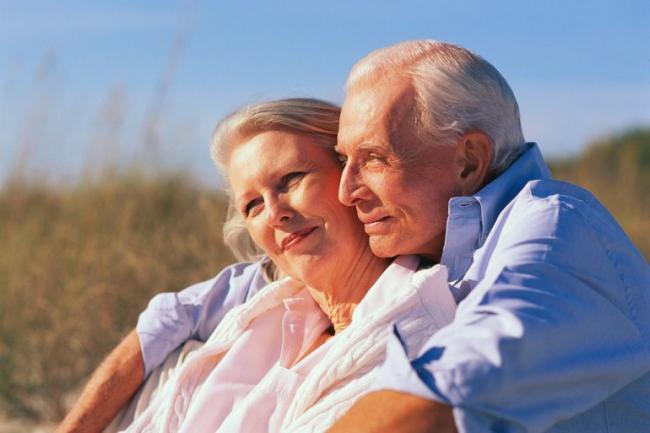 ¿Cómo pueden revivir la pasión las parejas de la tercera edad?