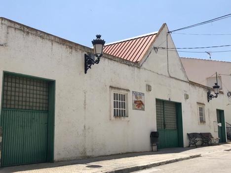 Diputación impulsa la renovación de la Plaza de Abastos y tres locales en Chirivel